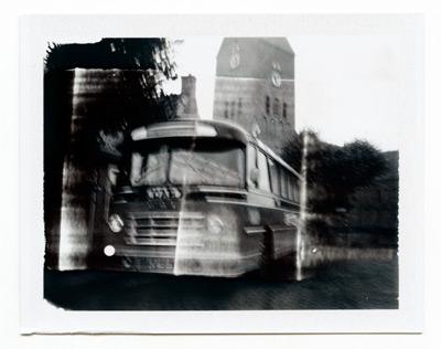 dam-bus
